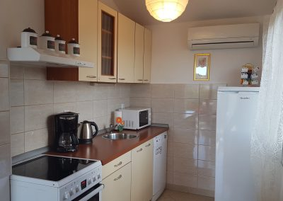 Apartman Koranti kitchen